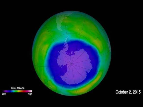 Climate experts say that the annual Antarctic ozone hole has expanded to a larger size compared to last year, but that it is no cause for panic Source: NASA/Goddard Space Flight Center